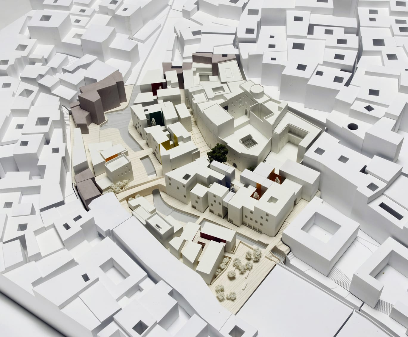fes_model_5008_2_mossessian_partners_yassir_khalil_studio